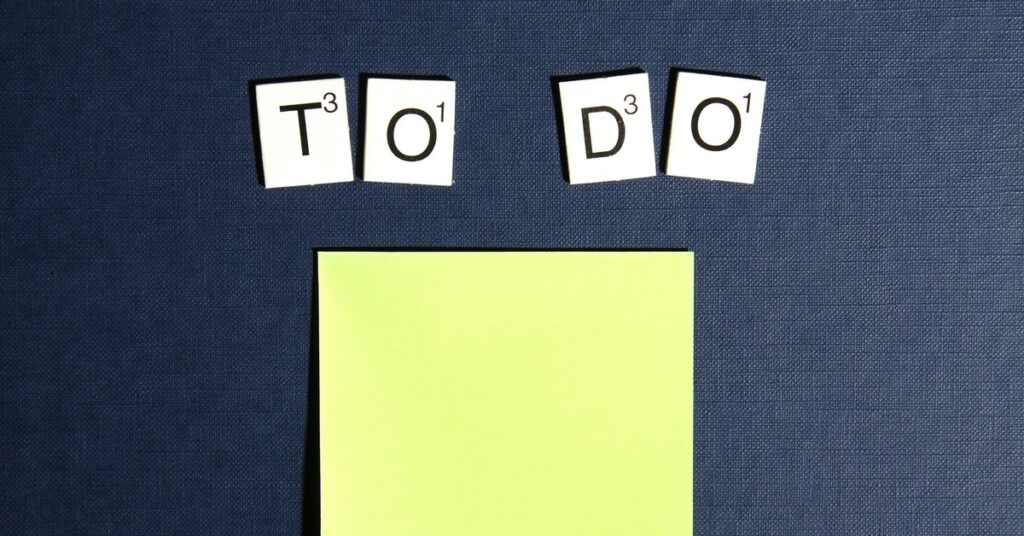 staying organized with to-do list and task manager
